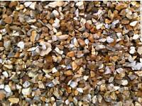 GOLDEN GRAVEL 20MM CHIPPINGS /DELIVERED IN DONCASTER/CALL FOR DETAILS 1-10t loads exellent gravel