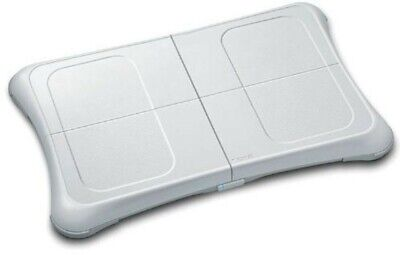 Wii Fit Plus Nintendo Wii Balance Board en boîte