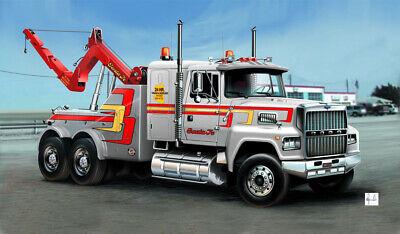 Italeri 3825 LKW US Abschlepp Truck 1:24 Model Kit Bausatz