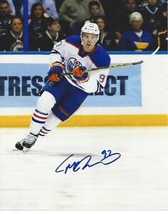 Connor McDavid Signed Autographed Photo 8x10 Edmonton Oilers
