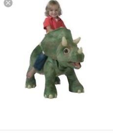 Kotar dinosaur ride on with leaf
