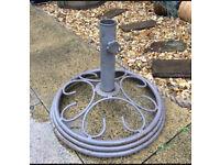 Garden umbrella stand