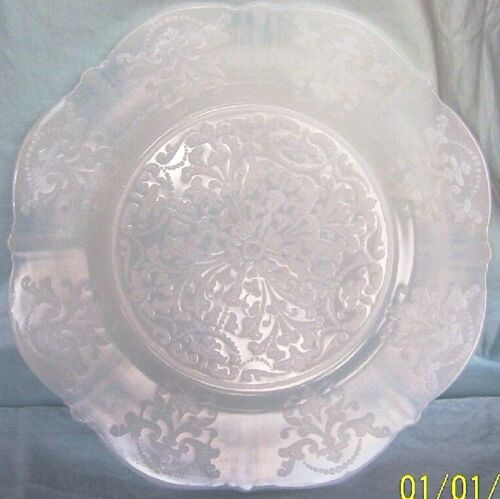 """AMERICAN SWEETHEART MONAX 8"""" DIAMETER SALAD PLATE ALL OVER TOP SURFACE PATTERN!"""