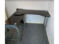 Black glass desk (L Shape)