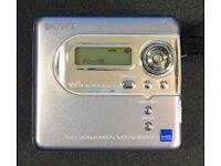 Sony MZ-NH600D Hi-MD MiniDisc Walkman