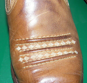 Guess Western ladies Leather Boots Made in Spain Size 8
