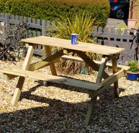 Pub style garden seat
