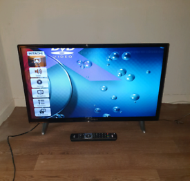 "Hitachi 32"" Smart DVD player tv"