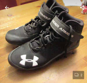 Size 8 football cleats