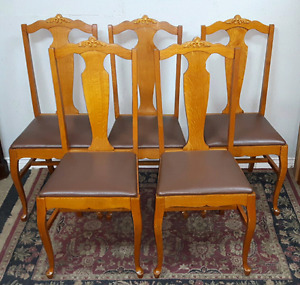 Antique Dining Room Chairs *Delivery Available *
