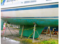 Boat cradle, fully galvanised, very good condition : suit 25ft to 35ft, fin / bilge keel