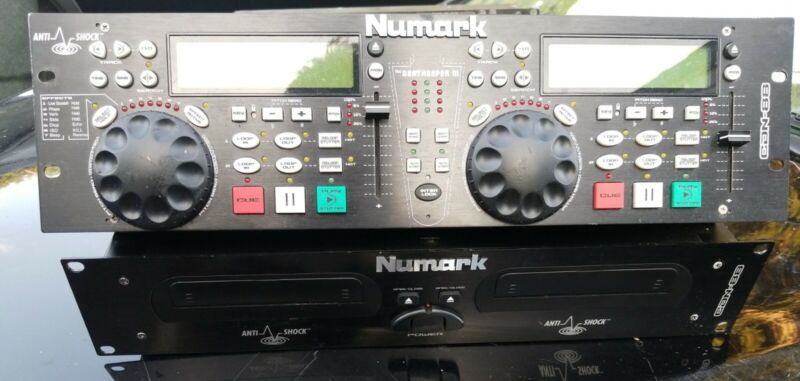 NUMARK CDN-88 DUAL CD PLAYER WITH BEATKEEPER III - GOOD USED CONDITION -