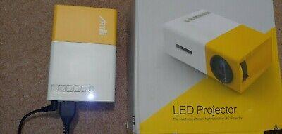 YG300 1080P Home Theater Cinema USB HDMI SD Mini Portable HD LED Projector tiny