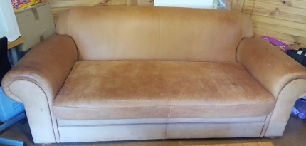 Genuine leather Sofa Bed / Lounge / Couch / 3 Seater