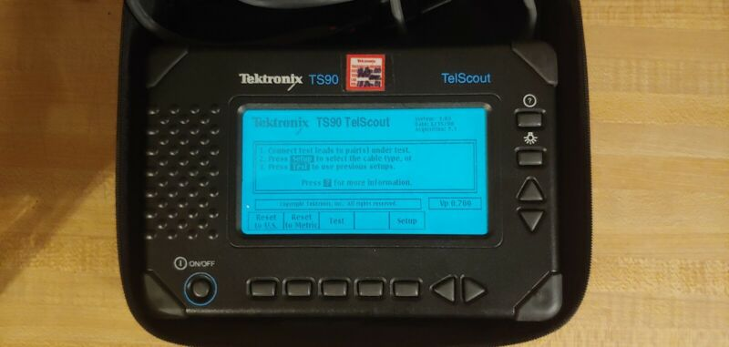 Tektronix TS90 Coax Cable TDR Reflectometer Tester TelScout