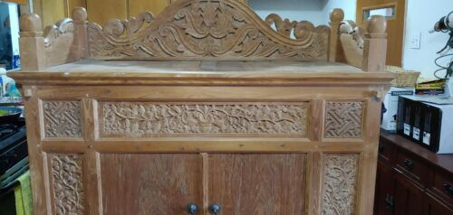 Large handcrafted Teak Buffet - Wooden Pins