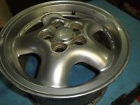 "Land Rover Rim 16"" Alloy"
