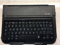 Tablet Logitech Bluetooth keyboard cover