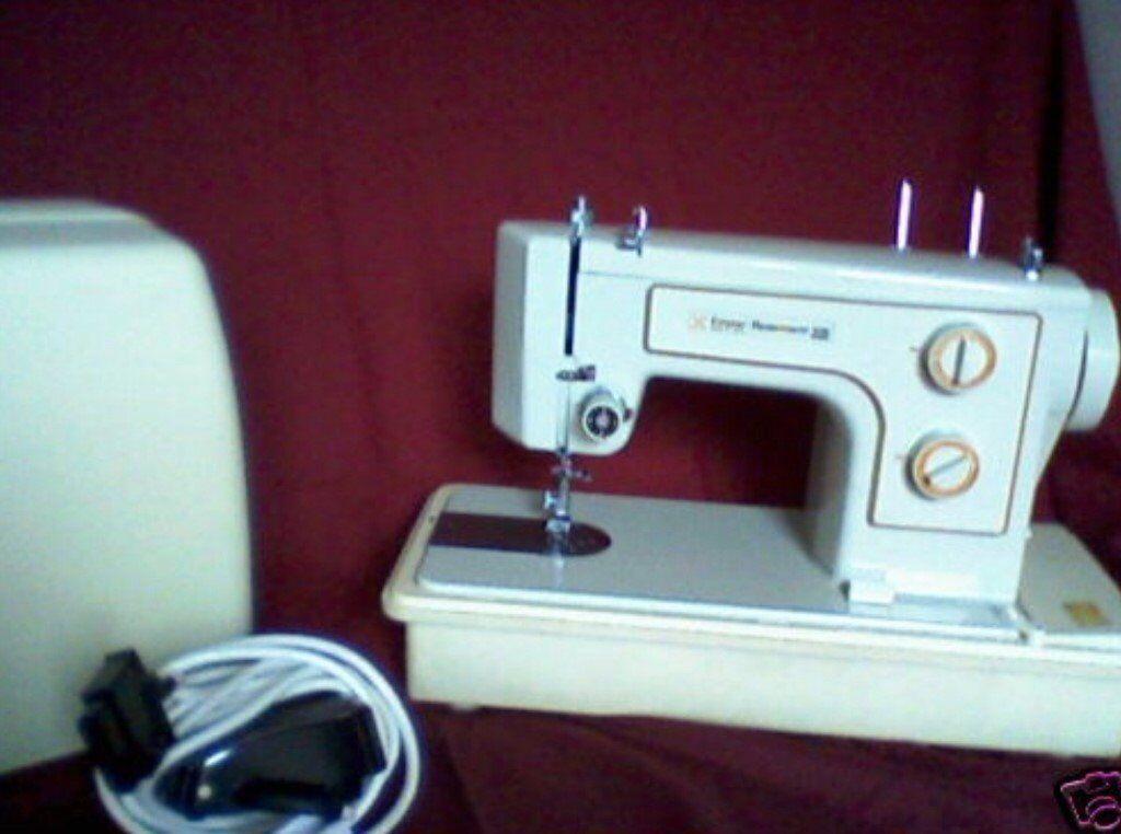 Frister & Rossmann 300 Sewing Machine