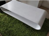 MADE Hopper Coffee table white w/ chrome legs