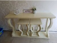 Side table with 2 chairs brilliant condition collection only