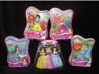 Set of 4 Disney Princesses and carry case