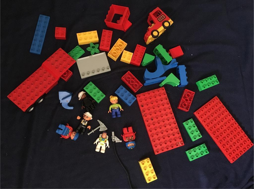 Duplo , and Duplo figures including Buzz Lightyear