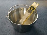 Stainless steel Jam making Maslin pan,rostfrei inox with thermometer Both brand new by Kitchen craft