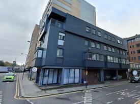 Studio flat in Junction Road, Harrow