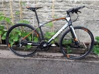2018 Giant Fastroad Comax2 Carbon framed Flat bar Bicycle. M/L size, as new condition. Huge saving!