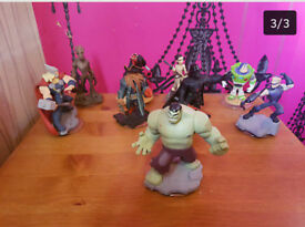 disney infinity figures 39 of them and 5 worlds