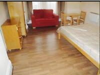 1 bedroom studio flat to rent Ilford