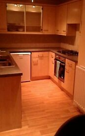2 bedroom flat to share