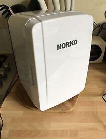 Norko White Portable Fridge