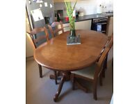 """Solid/Heavy Oak Dining Table & 4 Chairs """"""""Excellent Condition"""""""""""