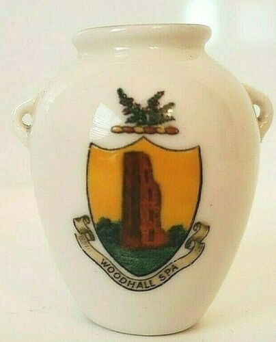 W.H. GOSS Model of Roman Urn Woodhall Spa Porcelain Collectable