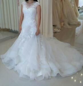 A-line fit Wedding Dress