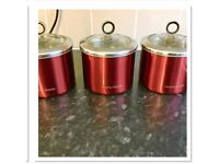 Set of 3 storage canisters with airtight lids