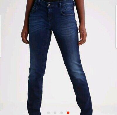 $230 Diesel Jeans Straight Leg Skinny Womens Belthy 30 waist Size 26 -