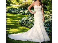 Wedding dress - Essence of Australia - second hand