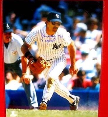 """NY YANKEE D.MATTINGLY AUTO'D 16""""X20"""" PICTURE WITH """"9 GOLD GLOVES"""" INSCRIPTION"""