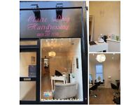 New salon opened chair to rent in Roseburn