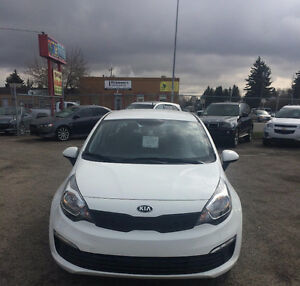 2016 KIA RIO SEDAN ONLY 680KM