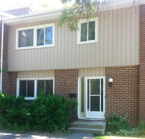 4 MONTH STUDENT SUMMER SUBLET - MAY 1