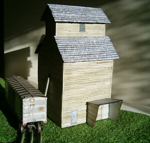 O O27 scale model Grain Elevator custom built a work of art