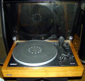 Lenco L80 stereo turntable Made in Swiitzerland