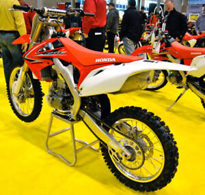 Looking for a 2010 crf250r cylinder