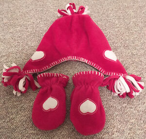 BABY GAP TOQUE & MITTS XS/S (0-24M?)