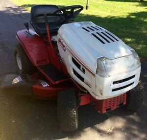 Tracteur tondeuse White L160H