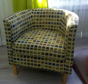 ACCENT CHAIR IN GREAT CONDITION FOR $150.00!
